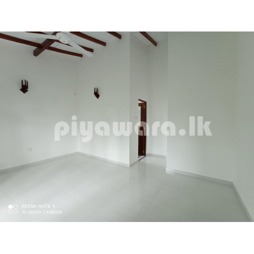 House for sale at Kasbawa