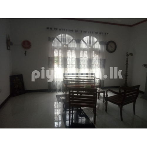 House for sale at veyangoda